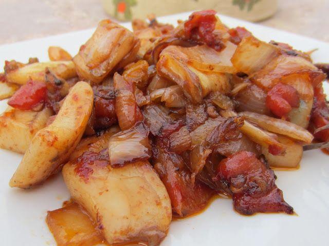 Receta de chocos a la brutesca, una forma original y saludable de degustar los famosos chocos de Huelva. Receta rápida y sencilla para cenar o comer ligero.