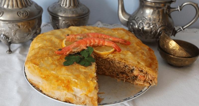La pastela de marisco es un plato tradicional morisco-andalusí que se elaboraba con carne, en Saborea Huelva te traemos esta versión con nuestra marisco.